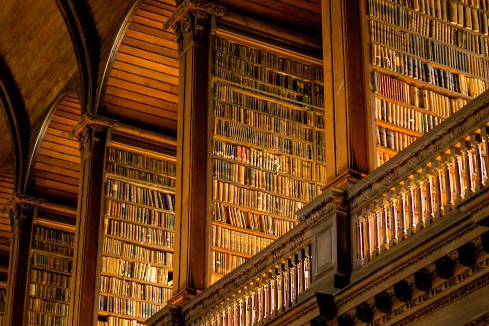 image of library at dublin's trinity college